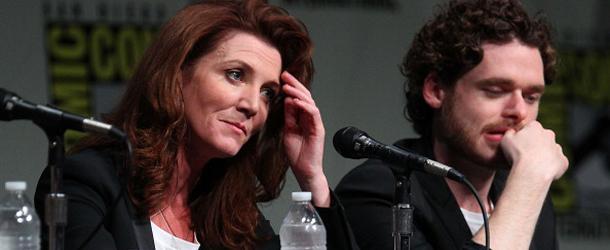 -Michelle e Richard, cosa pensate delle nozze rosse? -Ehm...Uhm... Altre domande?