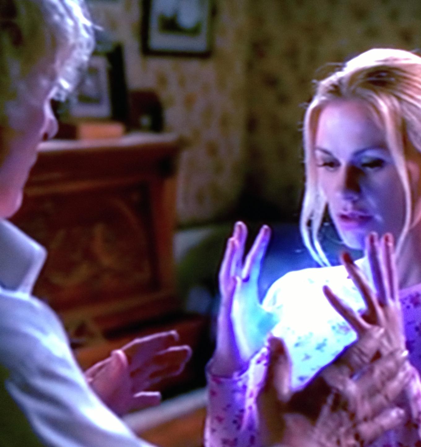 """Nonno Fata: """"Jason ce l'ha grosso così"""" Sookie: """"No, è più di queste dimensioni"""""""