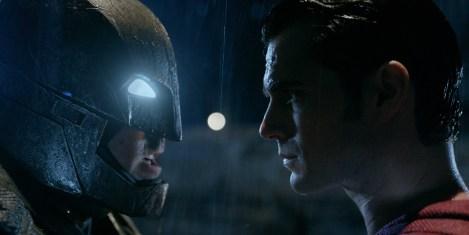 Non trovate che Batman assomiglia incredibilmente a Kevin Strootman