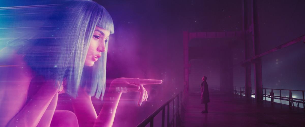 Blade Runner 2049: recensione, trama, cast, le migliori frasi e battute