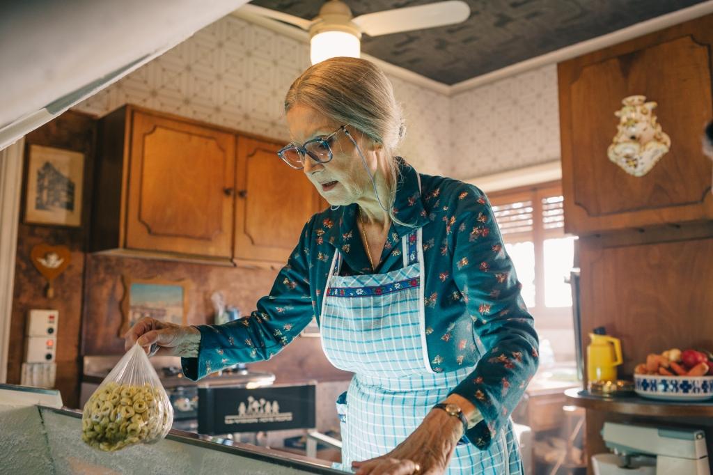 barbara bouchet metti la nonna in freezer
