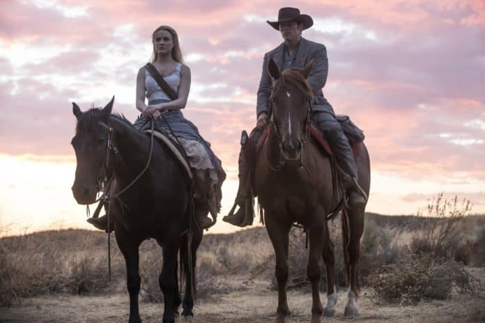 westworld journey into night dolores e teddy