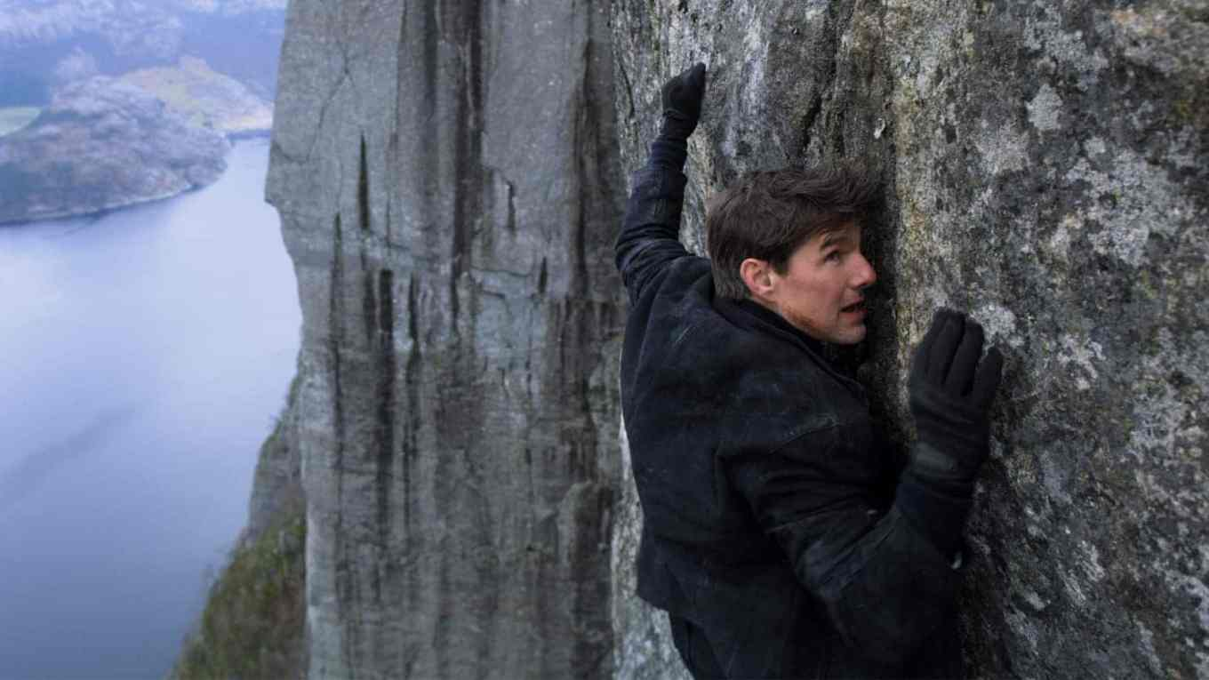 Mission-Impossible-Fallout-Cliffhanger