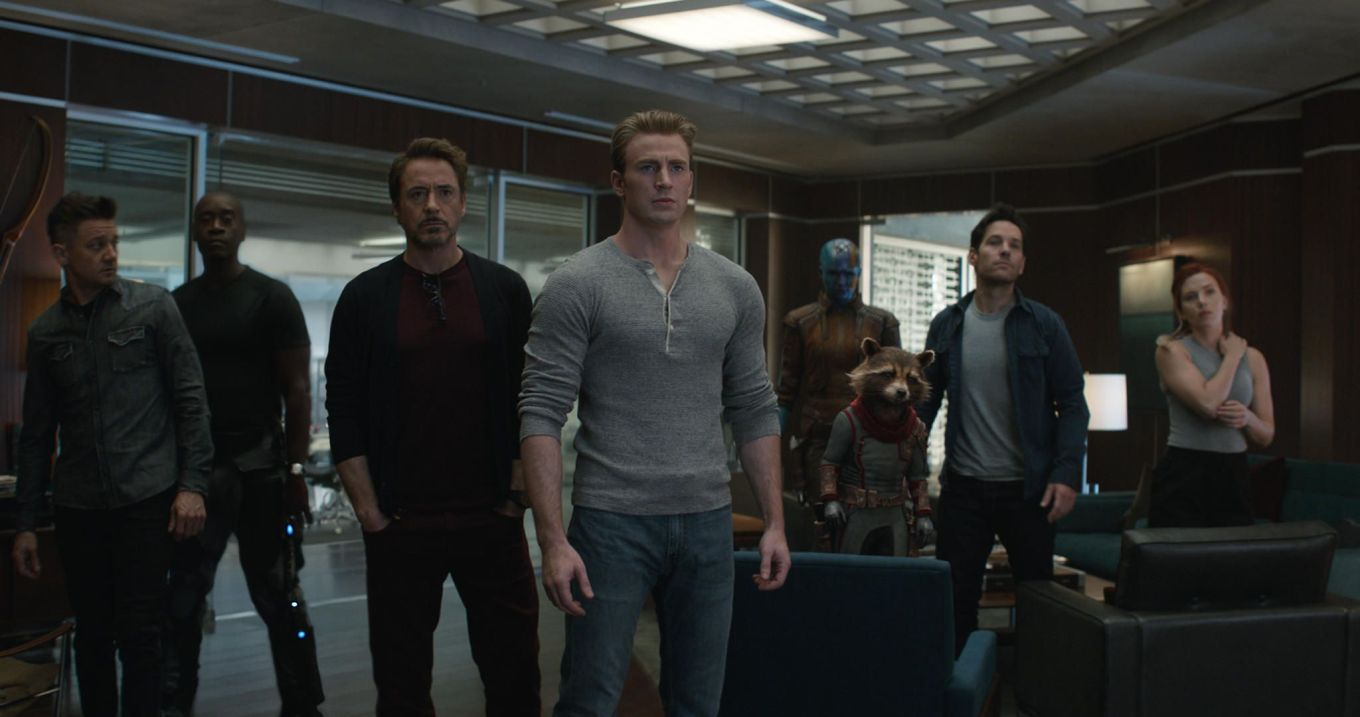avengers-endgame-group-shot