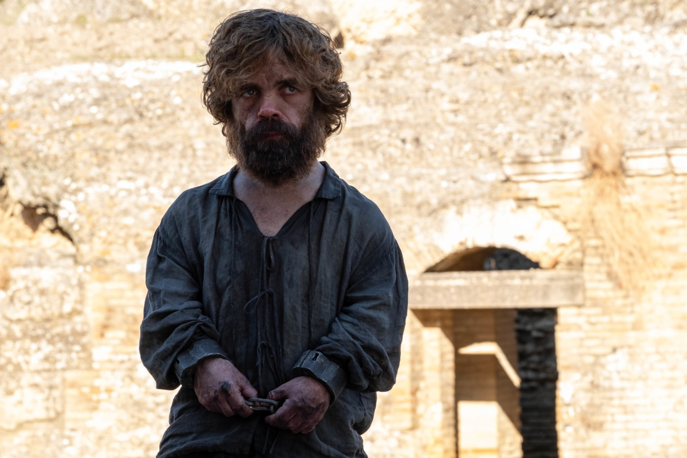 Imprisoned_Tyrion_S8_Ep6